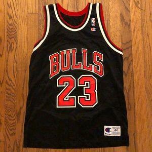 Vintage champion bulls Michael Jordan 23 jersey 44